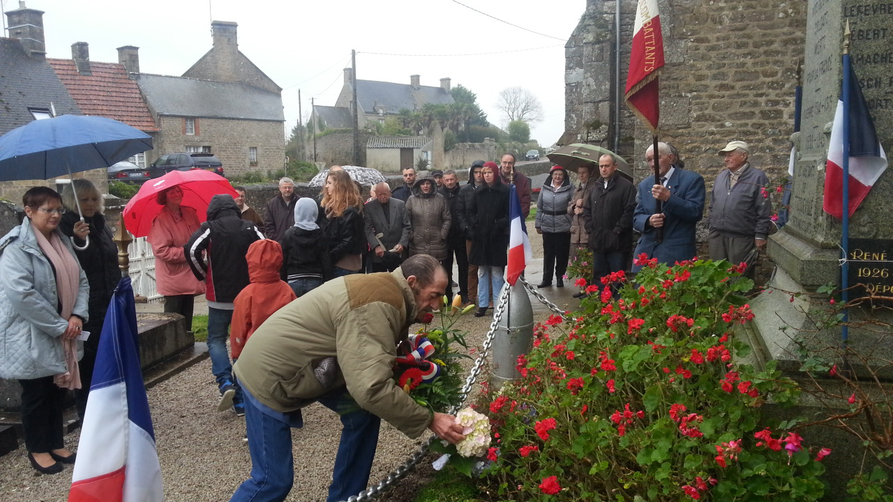 11 11 2014 - cérémonie au monument aux morts