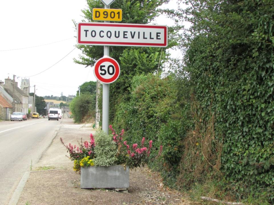 Vide grenier tocqueville 160 hdtv 720